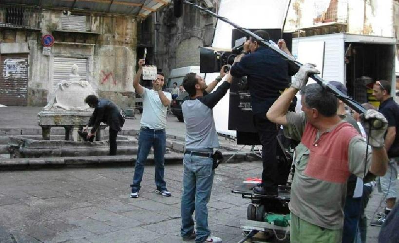 https://www.ragusanews.com//immagini_articoli/31-03-2017/milioni-vuol-fare-cinema-sicilia-500.jpg