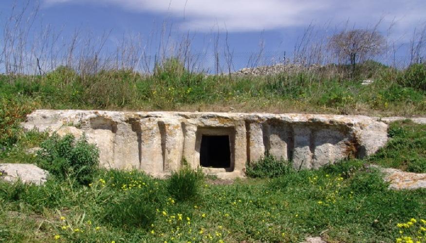 https://www.ragusanews.com//immagini_articoli/31-03-2017/sepolture-paleocristiane-sicilia-traduzione-lunga-anni-500.jpg