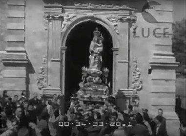 https://www.ragusanews.com//immagini_articoli/31-03-2021/la-vergine-contesa-di-gulfi-nel-cinegiornale-del-1952-280.jpg