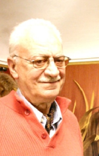 http://www.ragusanews.com//immagini_articoli/31-05-2014/claudio-cerasuolo-presenta-il-suo-lrsquo;oro-drsquo;italia-a-modica-500.jpg