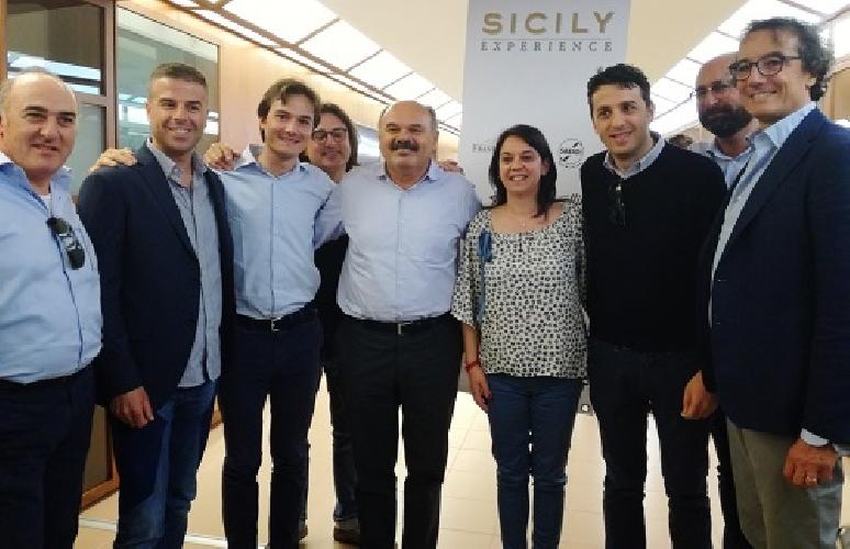https://www.ragusanews.com//immagini_articoli/31-05-2017/lenogastronomia-ragusana-conquista-sicily-experience-500.jpg