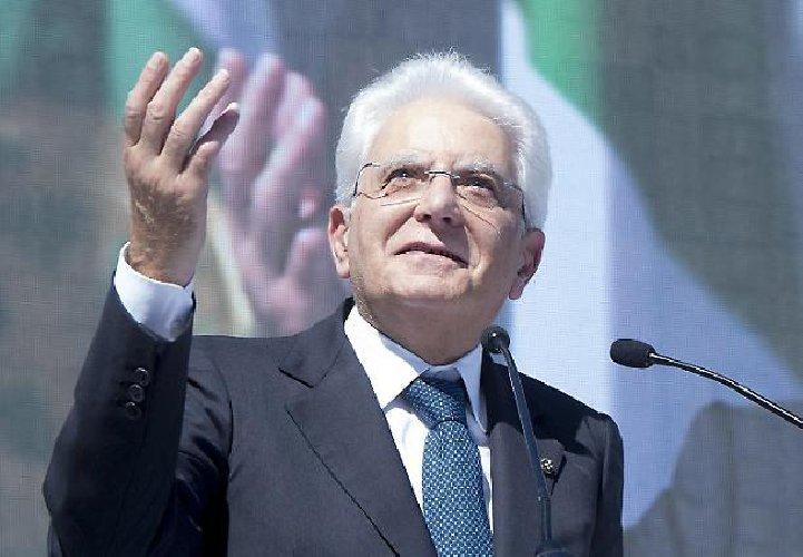 https://www.ragusanews.com//immagini_articoli/31-05-2018/impeachment-vero-vincitore-chiama-sergio-mattarella-500.jpg