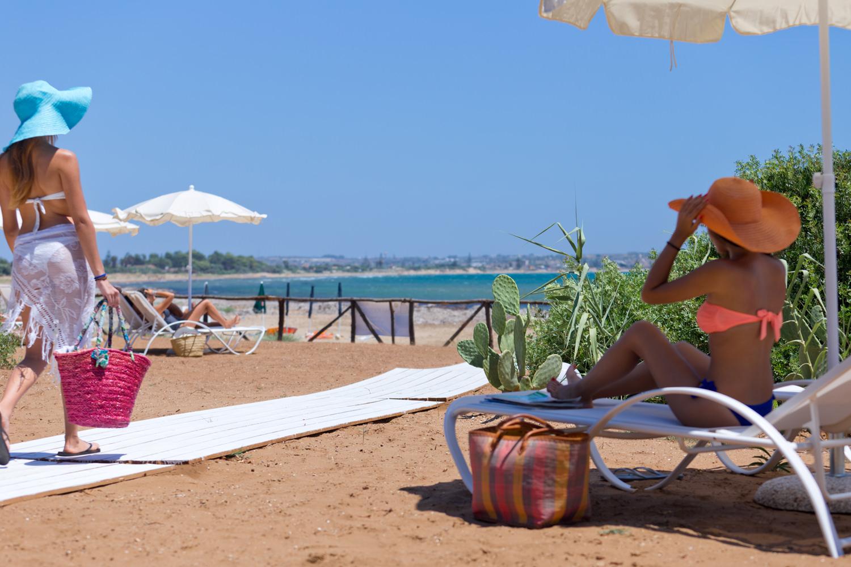 https://www.ragusanews.com//immagini_articoli/31-07-2015/1438333530-1-podere-baia-porto-ulisse-ecoturismo-e-relax-ristorante-vegetariano.jpg