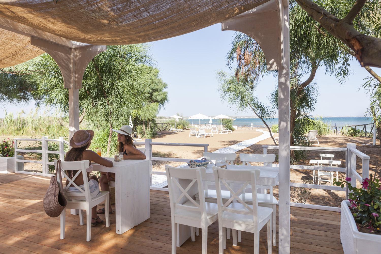 https://www.ragusanews.com//immagini_articoli/31-07-2015/1438333642-1-podere-baia-porto-ulisse-ecoturismo-e-relax-ristorante-vegetariano.jpg