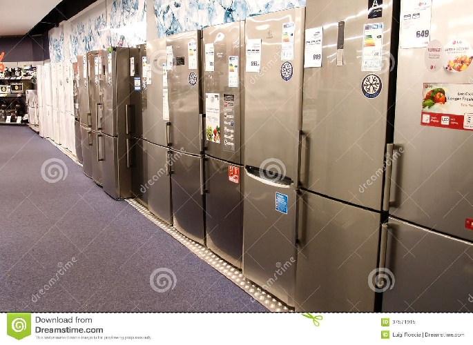 http://www.ragusanews.com//immagini_articoli/31-07-2017/benefattrice-vittoria-dona-dieci-frigoriferi-allasp-500.jpg