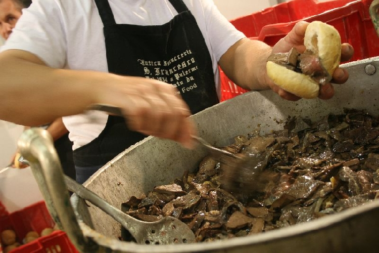 http://www.ragusanews.com//immagini_articoli/31-07-2017/ibla-arriva-ibla-street-food-festival-500.jpg