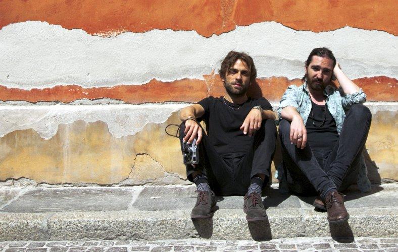 https://www.ragusanews.com//immagini_articoli/31-07-2018/antonio-dimartino-fabrizio-cammarata-spettacolo-museo-pietra-500.jpg