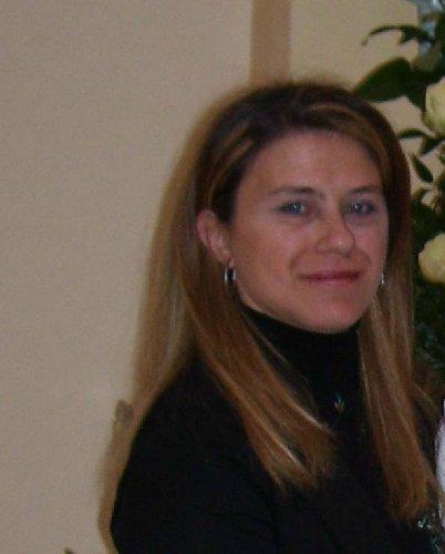https://www.ragusanews.com//immagini_articoli/31-07-2019/incidente-lungo-la-catania-caltagirone-muore-maria-casaccio-49-anni-500.jpg