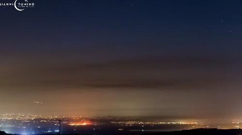 https://www.ragusanews.com//immagini_articoli/31-07-2021/catania-circordata-dagli-incendi-il-video-in-timelapse-280.jpg