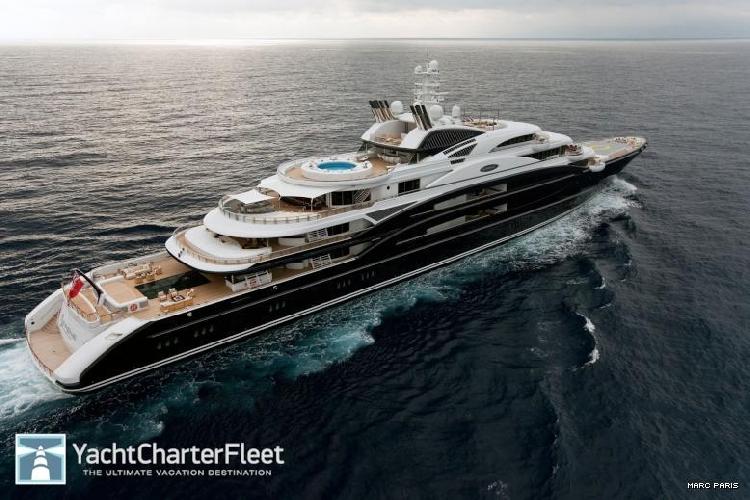 http://www.ragusanews.com//immagini_articoli/31-08-2015/lo-yacht-serene-in-arrivo-nel-mar-ibleo-500.jpg