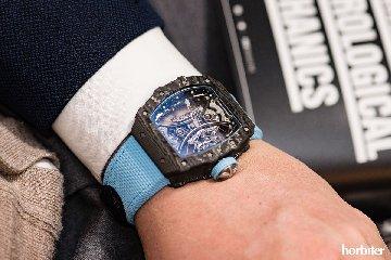 https://www.ragusanews.com//immagini_articoli/31-08-2018/richard-mille-sforna-orologio-mila-euro-240.jpg