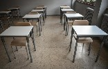 https://www.ragusanews.com//immagini_articoli/31-08-2020/scuola-in-sicilia-questione-di-banchi-100.jpg