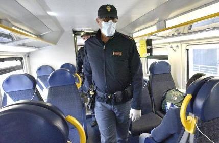 https://www.ragusanews.com//immagini_articoli/31-08-2021/da-domani-green-pass-per-aerei-navi-treni-e-bus-le-eccezioni-280.jpg