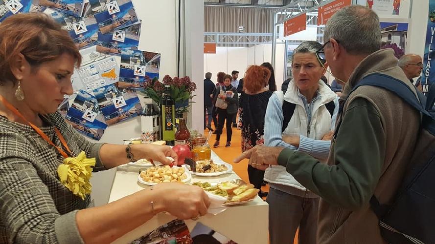 https://www.ragusanews.com//immagini_articoli/31-10-2017/comiso-partecipa-salone-internazionale-svizzero-vacanze-500.jpg