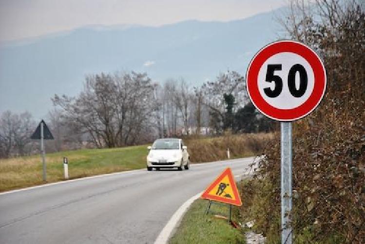 http://www.ragusanews.com//immagini_articoli/31-10-2017/troppi-incidenti-limite-velocit-strada-spinazza-500.jpg