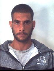 https://www.ragusanews.com//immagini_articoli/31-10-2019/1572523487-droga-10-arresti-ragusano-foto-e-nomi-1-240.jpg