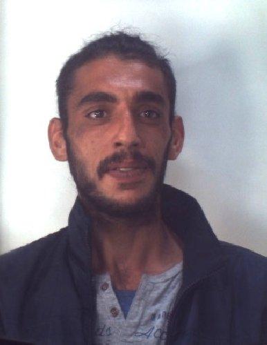https://www.ragusanews.com//immagini_articoli/31-10-2019/1572523552-droga-10-arresti-ragusano-foto-e-nomi-1-500.jpg