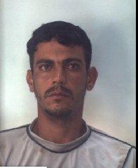 https://www.ragusanews.com//immagini_articoli/31-10-2019/1572523920-droga-10-arresti-ragusano-foto-e-nomi-1-240.jpg