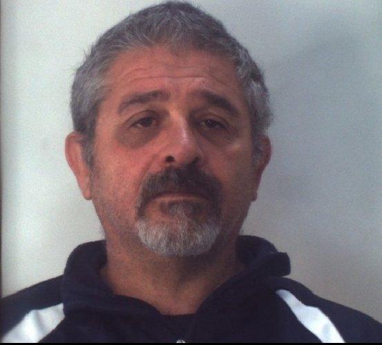 https://www.ragusanews.com//immagini_articoli/31-10-2019/droga-10-arresti-ragusano-foto-e-nomi-500.jpg