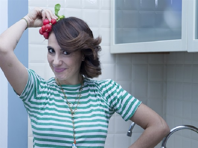 https://www.ragusanews.com//immagini_articoli/31-12-2015/paola-maugeri-vegana-a-ragusa-500.jpg