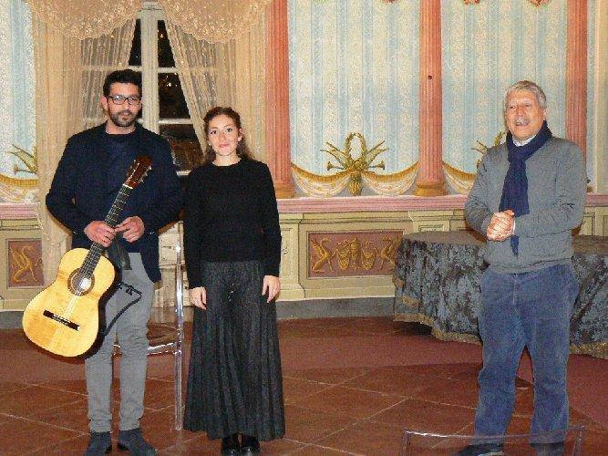 https://www.ragusanews.com//immagini_articoli/31-12-2017/noto-tiempo-guitarras-conclusa-ledizione-invernale-500.jpg