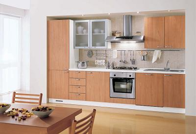 ... la cucina in ritardo e non conforme: negozio di mobili condannato