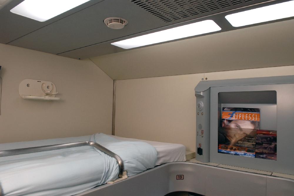 Vagoni letto addio 800 cuccettisti perdono il lavoro - Trenitalia vagone letto ...