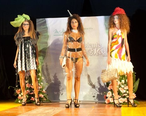 Successo de l 39 ambiente moda a donnalucata scicli for Opzioni di materiale di raccordo
