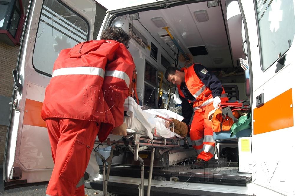 1396123222-morte-di-biagio-savarese-l-asp-l-ambulanza-non-e-mai-stata-soppressa.jpg (1000×665)