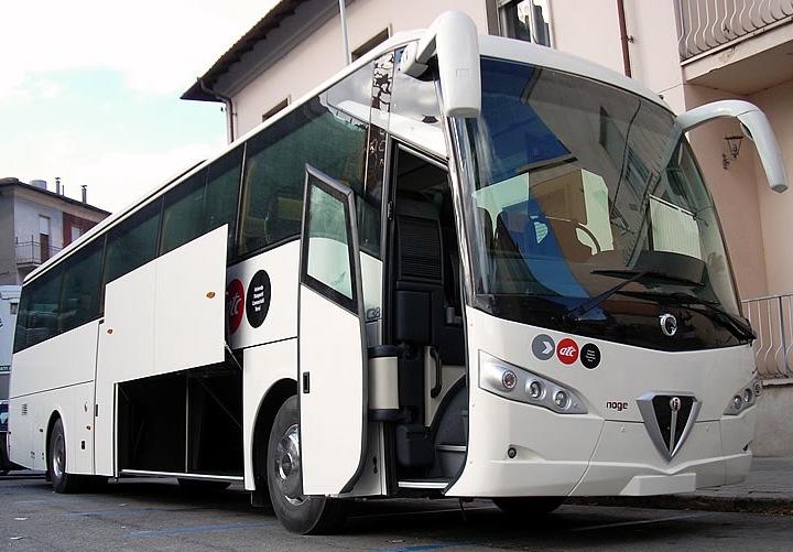 Risultati immagini per portellone per autobus