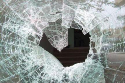 Come pulire il vetro del termocamino - Ristrutturazioni Roma by int ext