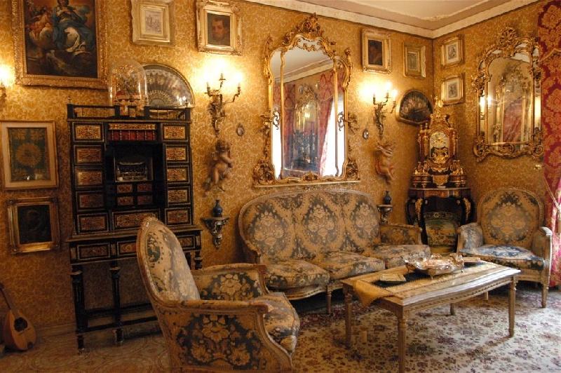La casa museo appiano a ibla ragusa for Arredamento stile impero