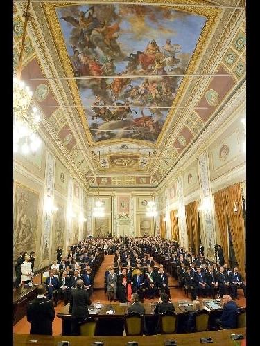 I fondi dei gruppi parlamentari all 39 ars indaga la finanza for Gruppi parlamentari