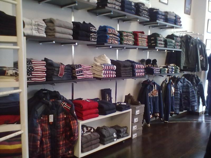 Intimando il negozio di intimo, lingerie online per tutte le età, scegli tra i nostri prodotti in offerta la migliore soluzione per te.