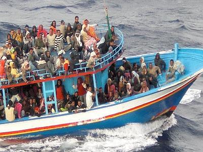 Pozzallo, sbarcati 450 migranti$