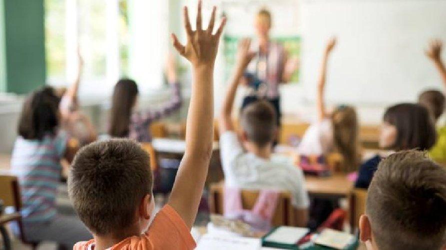 L039 insegnante di sesso per un giorno 10