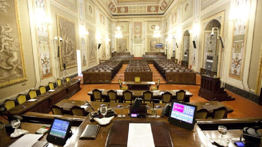Sicilia in gurs nuova ripartizione seggi elettorali all for Ripartizione seggi camera