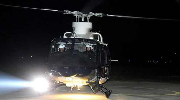 Elicottero Notte : Elicottero a bassa quota nella notte di scicli
