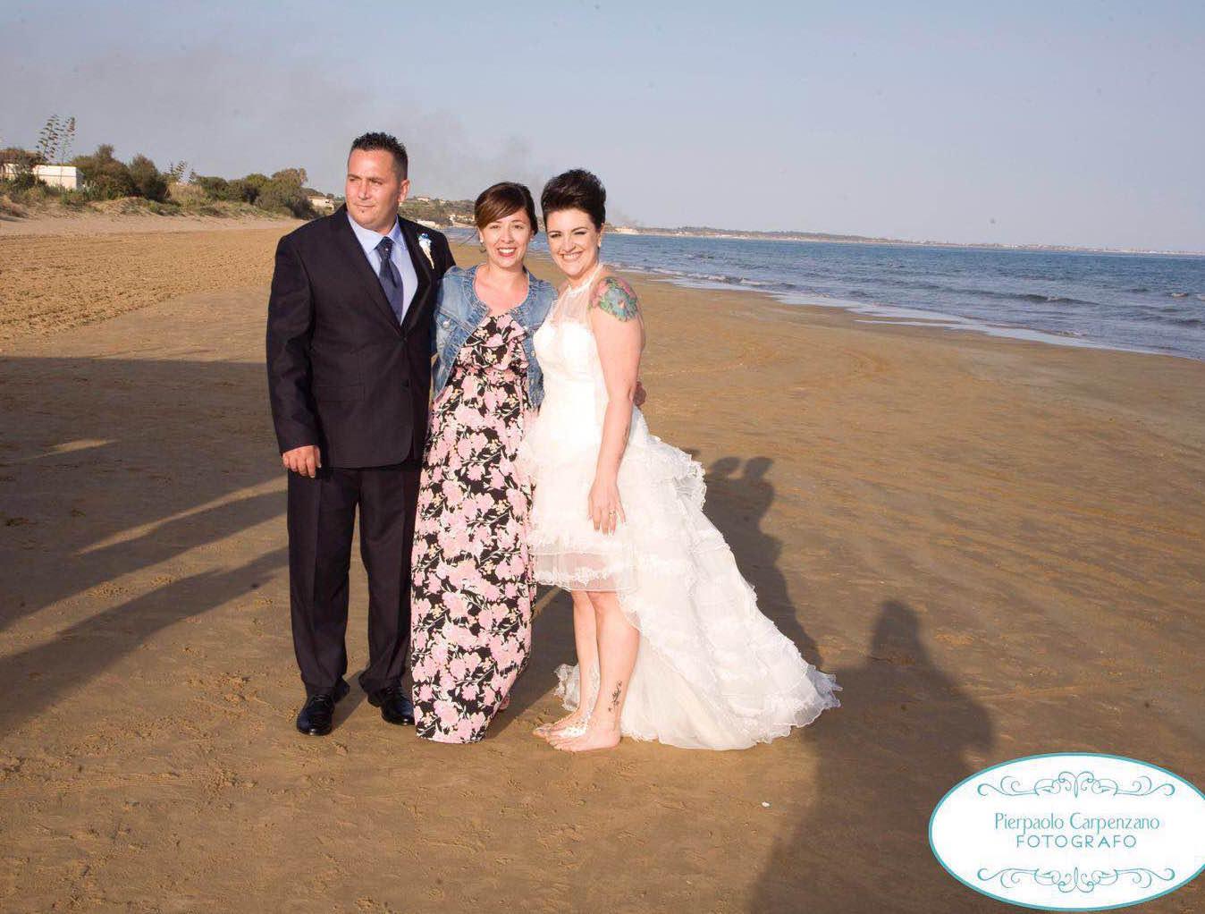 Matrimonio Spiaggia Circeo : Matrimonio in spiaggia a pozzallo