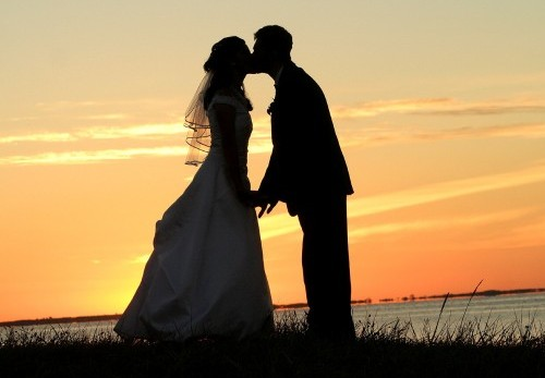 Promossi sposi tra magia fiabesca e delizie del palato ragusa for Sposi immagini