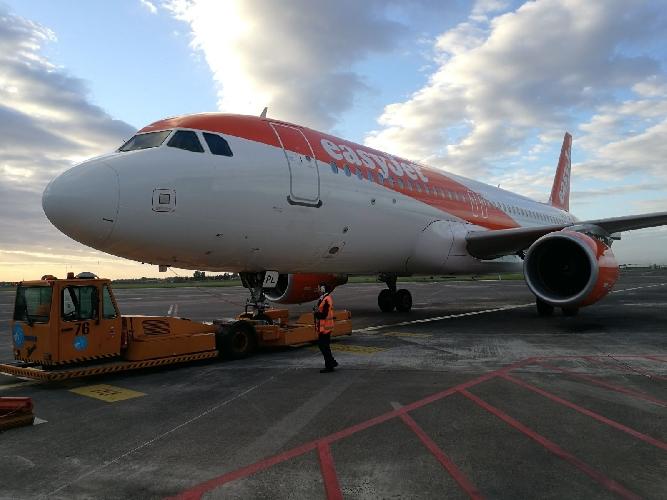 EasyJet potenzia i voli tra Catania Fontanarossa e Milano ...
