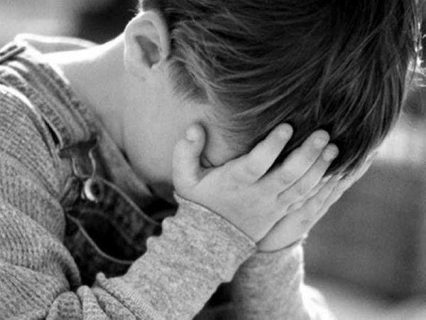 https://www.ragusanews.com/resizer/resize.php?url=https://www.ragusanews.com//immagini_articoli/01-04-2015/1427872610-0-due-bambini-violentati-da-un-altro-minorenne.jpg&size=667x500c0