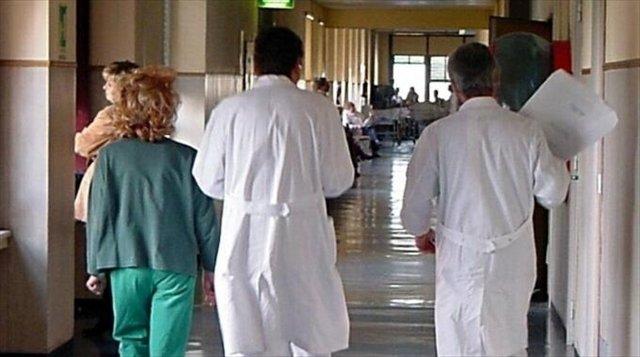 https://www.ragusanews.com/resizer/resize.php?url=https://www.ragusanews.com//immagini_articoli/01-06-2016/1464817427-0-asp-parte-civile-contro-medici-per-morte-di-un-paziente.jpg&size=896x500c0
