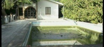 https://www.ragusanews.com/resizer/resize.php?url=https://www.ragusanews.com//immagini_articoli/01-11-2013/1396118764-due-bimbe-annegarono-condannata-proprietaria-piscina.jpg&size=1099x500c0