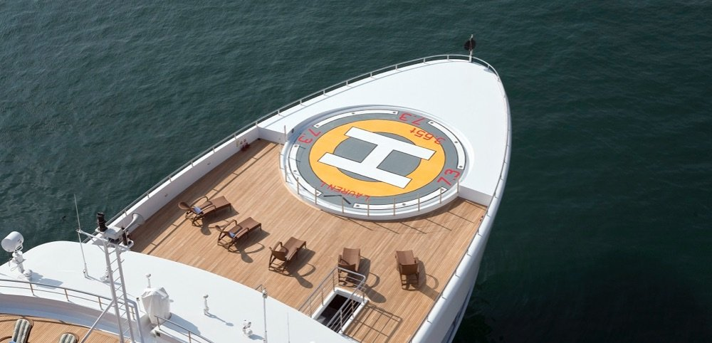 https://www.ragusanews.com/resizer/resize.php?url=https://www.ragusanews.com//immagini_articoli/02-07-2018/1530557120-1-yacht-arrivato-lauren-pista-elicottero.jpg&size=1037x500c0