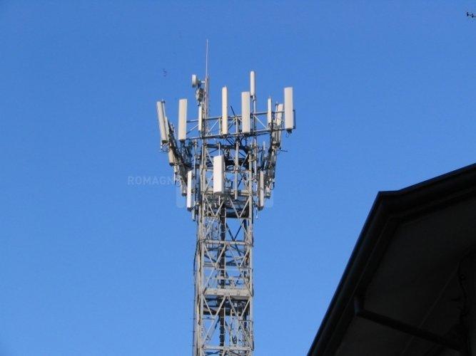 https://www.ragusanews.com/resizer/resize.php?url=https://www.ragusanews.com//immagini_articoli/02-09-2015/1441217360-0-voglio-installare-un-antenna-e-pagare-l-affitto-al-comune-di-ragusa.jpg&size=667x500c0