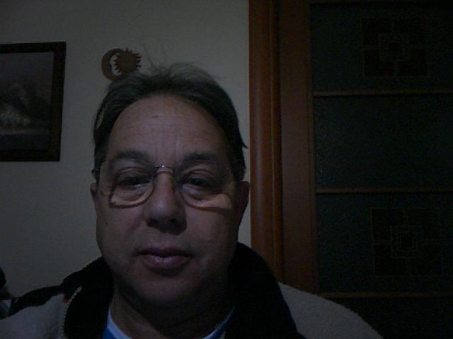 https://www.ragusanews.com/resizer/resize.php?url=https://www.ragusanews.com//immagini_articoli/03-12-2014/1417636922-0-pietro-sava-e-l-avvocato-di-orazio-fidone.jpg&size=667x500c0