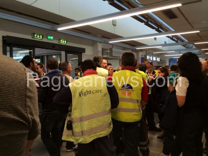https://www.ragusanews.com/resizer/resize.php?url=https://www.ragusanews.com//immagini_articoli/04-06-2014/1401870580-aeroporto-di-ciampino-in-tilt-sciopero-paralizza-scalo.jpg&size=667x500c0