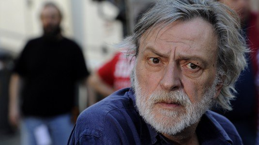 https://www.ragusanews.com/resizer/resize.php?url=https://www.ragusanews.com//immagini_articoli/04-09-2015/1441361848-0-gino-strada-l-ospedale-di-comiso-diventa-emergency.jpg&size=892x500c0
