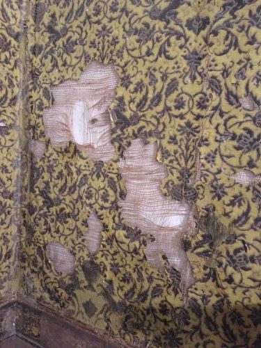 https://www.ragusanews.com/resizer/resize.php?url=https://www.ragusanews.com//immagini_articoli/05-01-2018/1515149737-4-castello-donnafugata-roso-dallumidita-dallincuria-foto.jpg&size=375x500c0